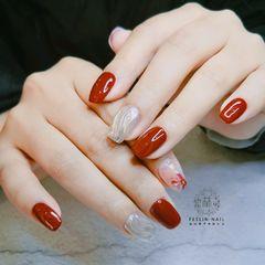 红色方圆形魔镜美甲图片