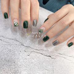 绿色方圆形渐变贝壳片美甲图片