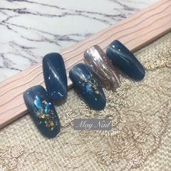 蓝色圆形猫眼金箔贝壳片美甲图片