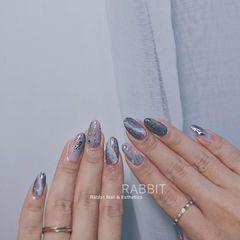 蓝色灰色简约日式金箔晕染美甲图片