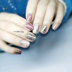 方圆形日式水波纹魔镜粉美甲图片