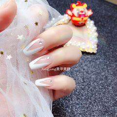 方形钻法式白色美甲图片