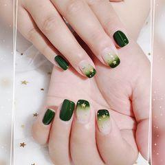 方圆形绿色渐变金属饰品美甲图片