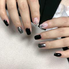 黑色方圆形闪片+水波纹,网红同款美甲图片