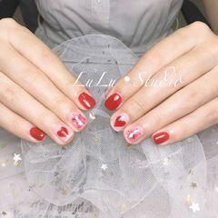 方圆形新娘红色腮红甲心形金箔美甲图片