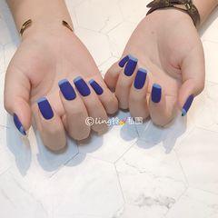 蓝色方形简约法式磨砂美甲图片