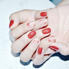 晕染金箔贝壳片简约新娘圆形红色美甲图片