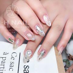 圆形夏天贝壳片金箔晕染银色水波纹珍珠日式美甲图片