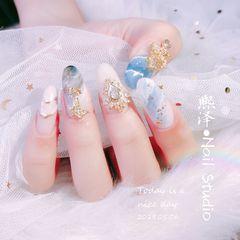 蓝色晕染金箔圆形钻金属饰品夏天日式美甲图片