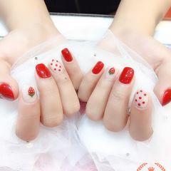 方圆形红色手绘草莓水果波点美甲图片