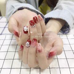 红色方圆形新娘晕染渐变钻手绘花朵美甲图片