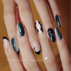 绿色圆形蓝色竖形渐变黑色手绘宝格丽法式美甲图片