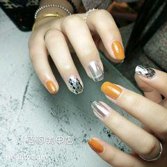 方圆形橙色银色跳色镜面菱形亮片美甲图片