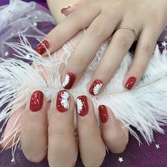 红色方圆形花朵白色手绘新娘美甲图片