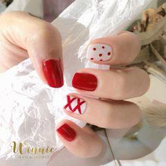 红色方形波点夏天白色丝带美甲图片