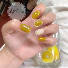 黄色方圆形夏天可爱小清新美甲图片