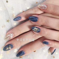 蓝色水波纹贝壳片夏天金箔圆形猫眼美甲图片