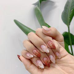 圆形红色白色晕染贝壳片日式美甲图片