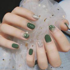 绿色圆形水波纹夏天渐变贝壳片美甲图片