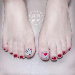 红色方圆形夏天脚波点美甲图片