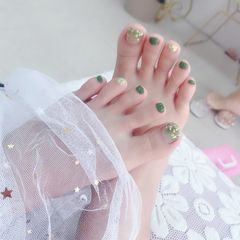 绿色方形脚夏天跳色简约金箔晕染美甲图片