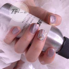 方圆形水波纹短指甲日式灰色美甲图片