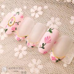 圆形粉色手绘花朵法式磨砂研习社美甲图片