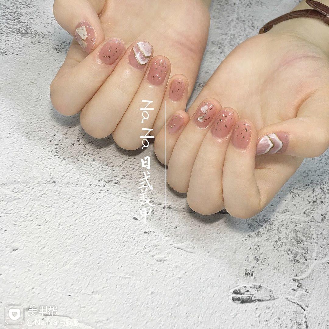 圆形夏天金箔日式手绘粉色美甲图片