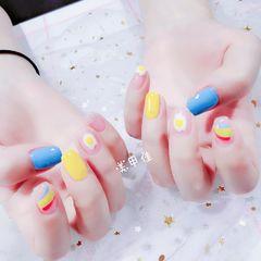 夏天彩虹跳色方圆形蓝色黄色鸡蛋可爱美甲图片