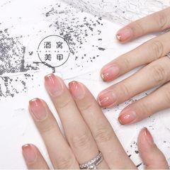 渐变方圆形粉色法式简约上班族抖音同款款 ~美甲图片