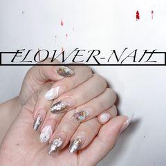 银色圆形晕染新娘贝壳片渐变夏天白色珍珠美甲图片
