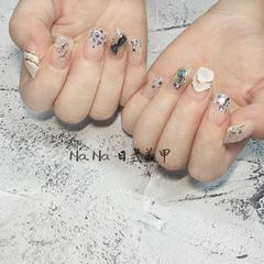 方圆形夏天贝壳片日式手绘美甲图片
