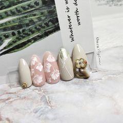 裸色圆形简约金箔粉色饰品上班族美甲图片