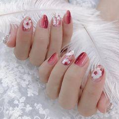 新娘花朵圆形红色竖形渐变美甲图片