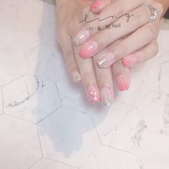 裸色方形夏天上班族渐变贝壳片简约粉色美甲图片