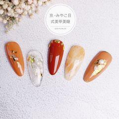橙色尖形晕染焦糖色金箔日式美甲图片