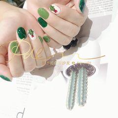 绿色圆形夏天跳色短指甲手绘美甲图片