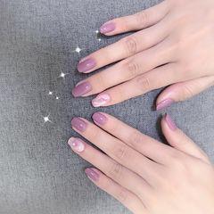 方圆形贝壳片紫色晕染简约系美甲图片