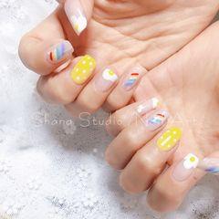 黄色彩色方形夏天波点手绘彩虹鸡蛋美甲图片