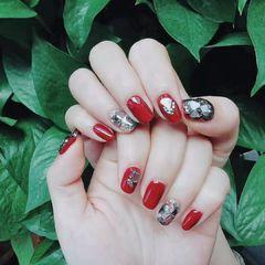 方圆形红色黑色贝壳片美甲图片