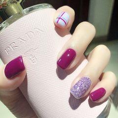 方圆形紫色白色线条美甲图片