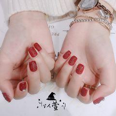红色方圆形秋天磨砂水滴珍珠美甲图片