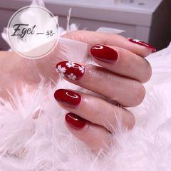 红色圆形秋天新娘简约花朵手绘美甲图片