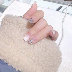裸色方形渐变新娘上班族白色钻超级喜欢的一款 百搭 超干净的感觉美甲图片
