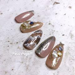 银色秋天石纹尖形豆沙色棕色晕染贝壳片美甲图片