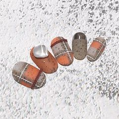 橙色圆形磨砂格纹圣诞美甲图片