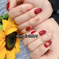 红色黄色圆形秋天简约贝壳片短指甲美甲图片