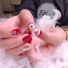 红色方圆形短指甲可爱圣诞手绘美甲图片