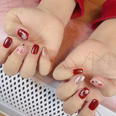 红色手绘圣诞方圆形美甲图片