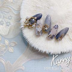 蓝色银色尖形简约新娘晕染和风美甲图片